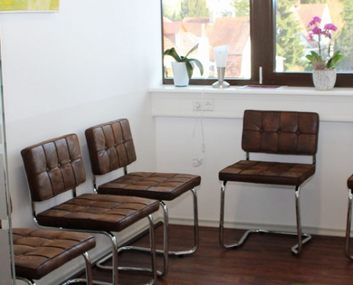 Bild Wartezimmer CeOS Allgemeinmedizin Achern